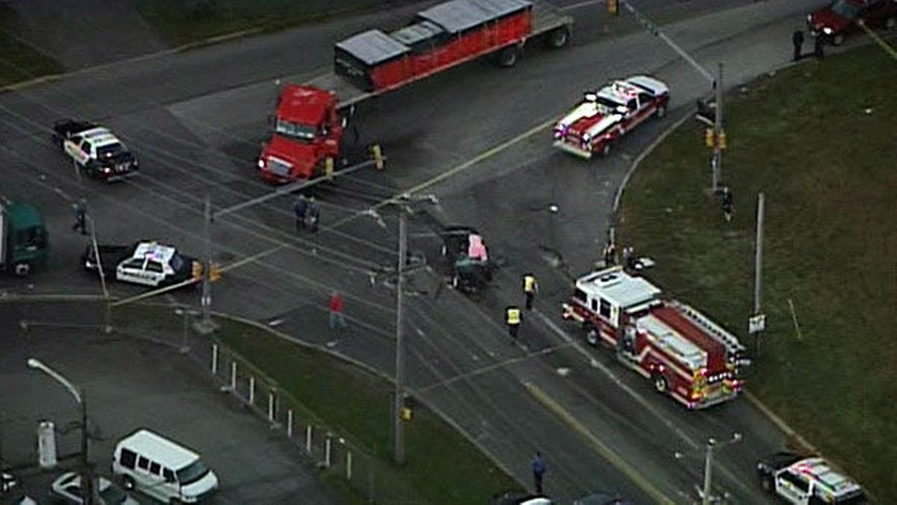 PHOTOS: Deadly crash on Street Road in Bensalem