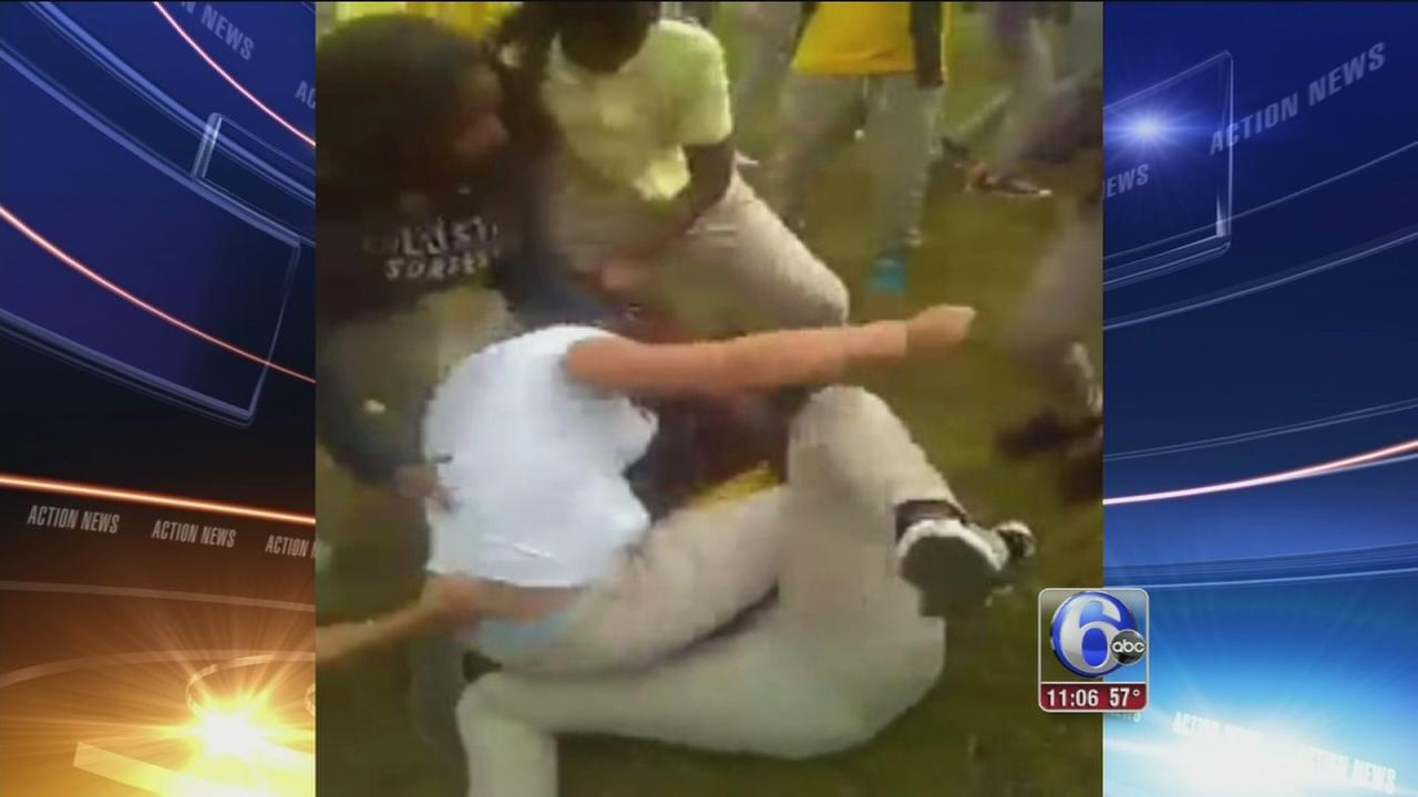 VIDEO: 2 teen girls attacked by students in Camden