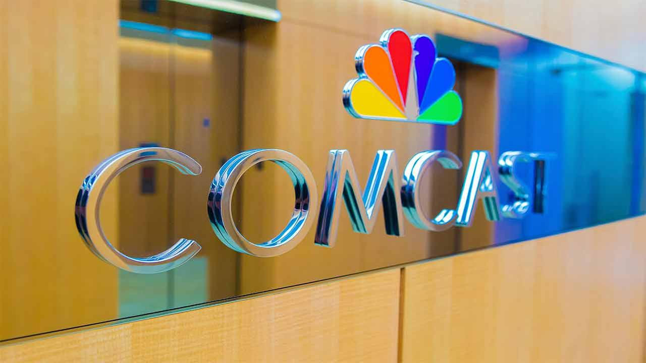 Comcast outbids Disney with a $65 billion offer for Fox