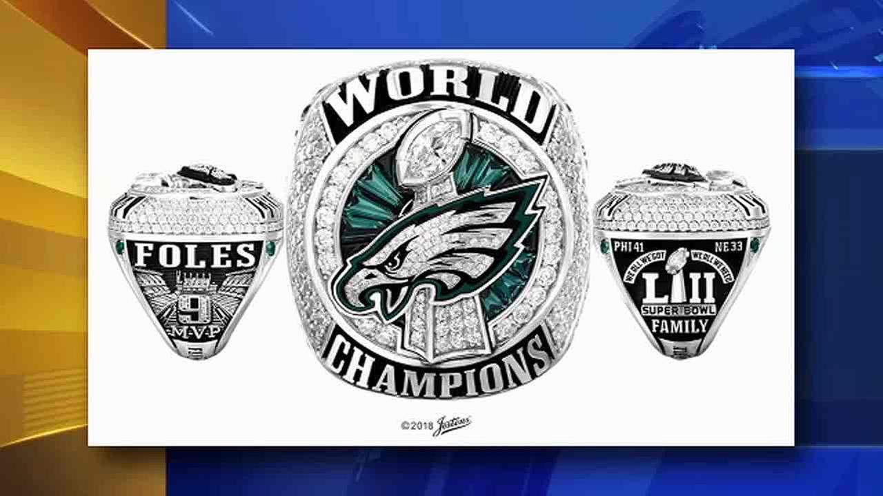 fa858e487eecf Philadelphia Eagles receive Super Bowl LII championship rings