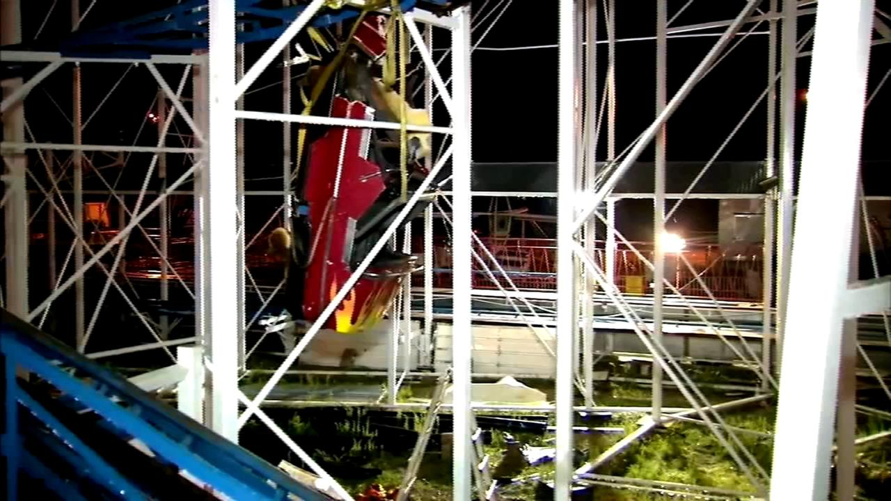 Riders plunge 34 feet when Florida roller coaster derails; 6 hurt