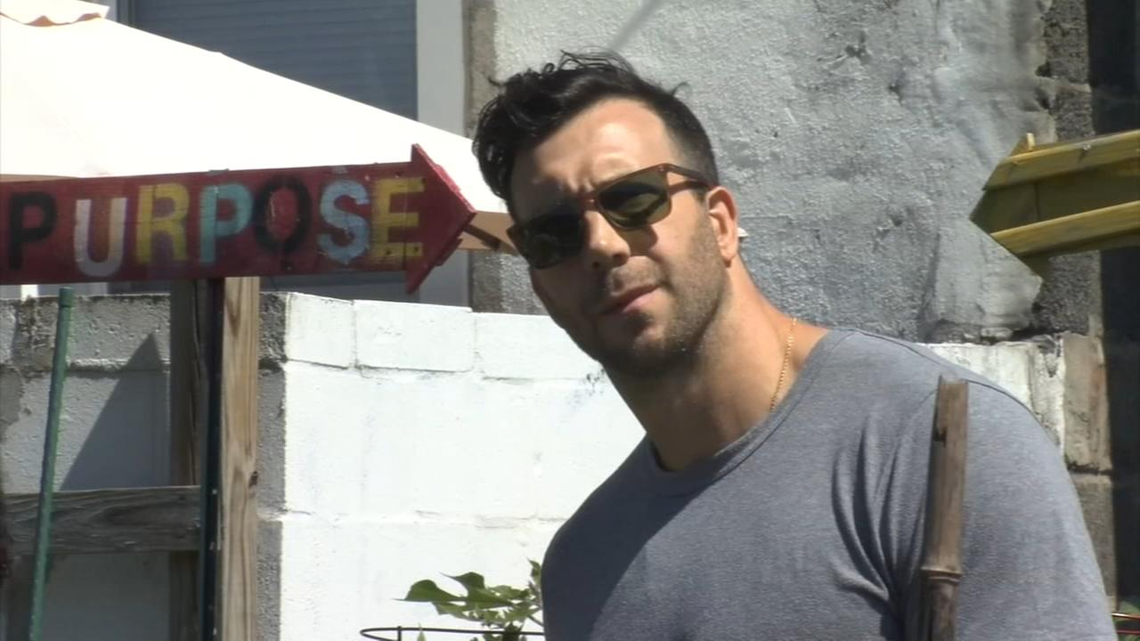 Former Eagle Connor Barwin honored at South Philly event