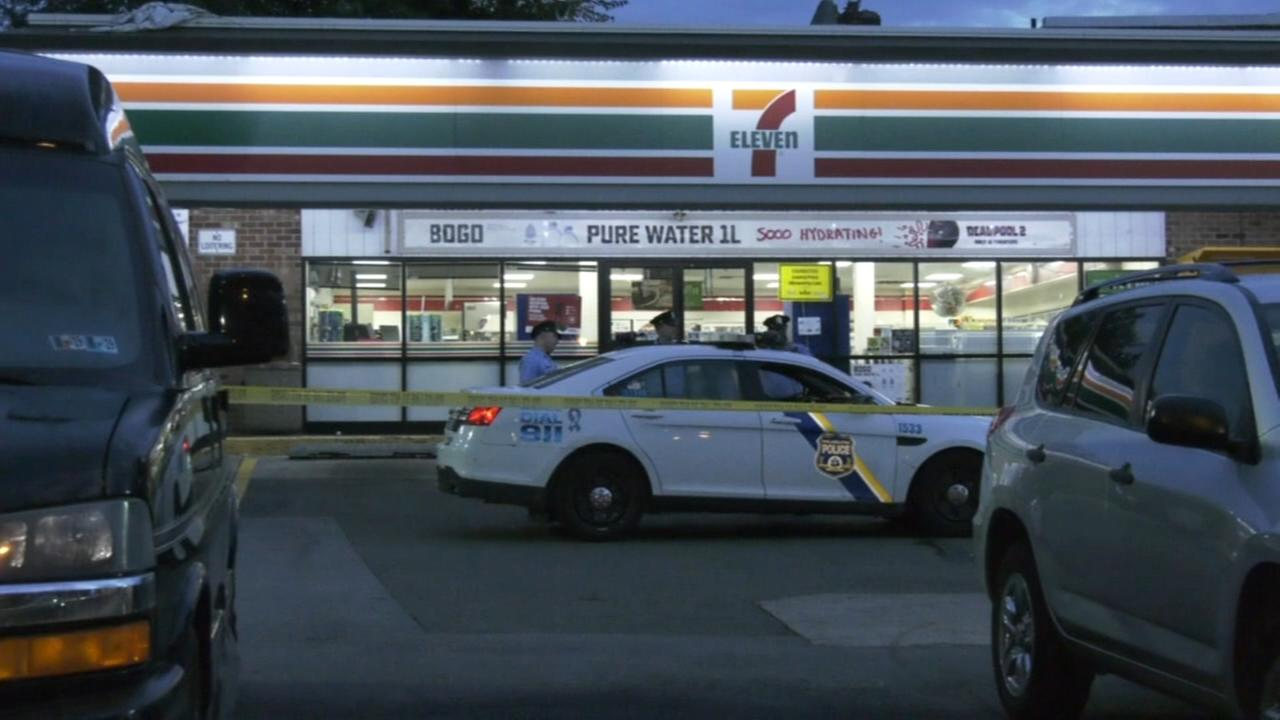 Man shot in head outside 7-Eleven