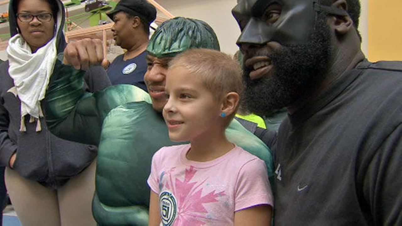 PHOTOS: Eagles Halloween visit to CHOP