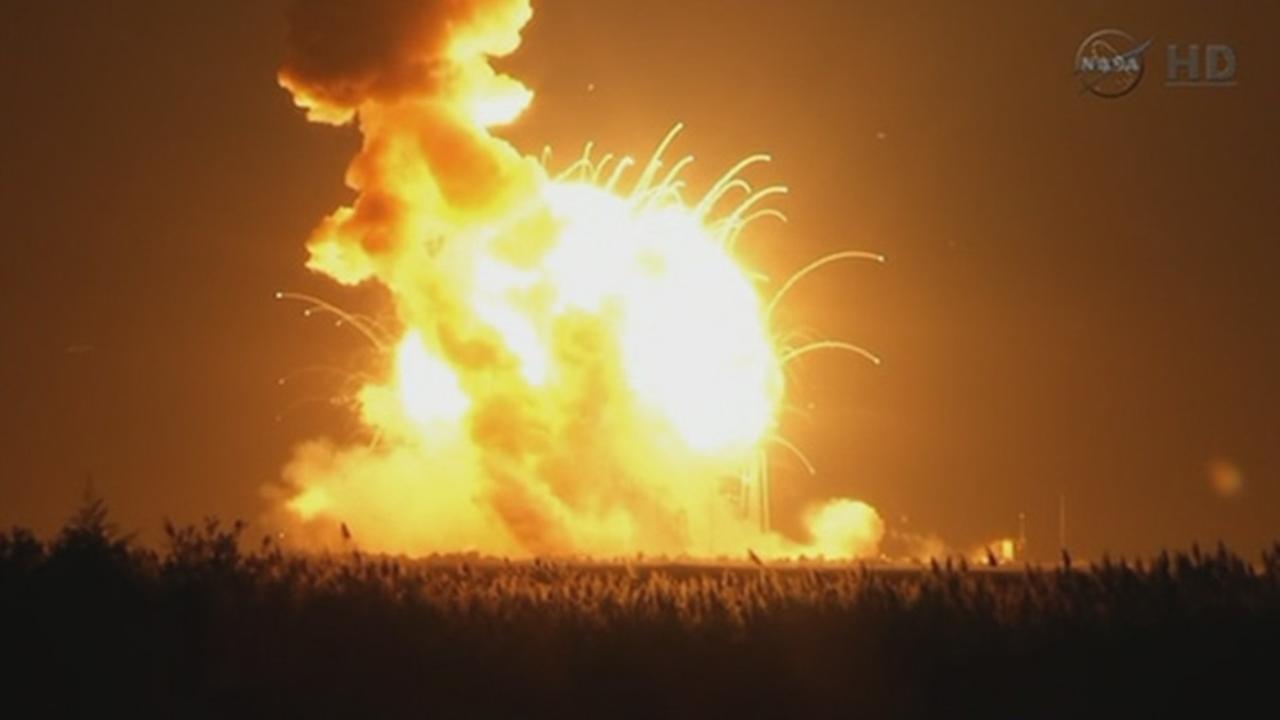 rocket launch explosion