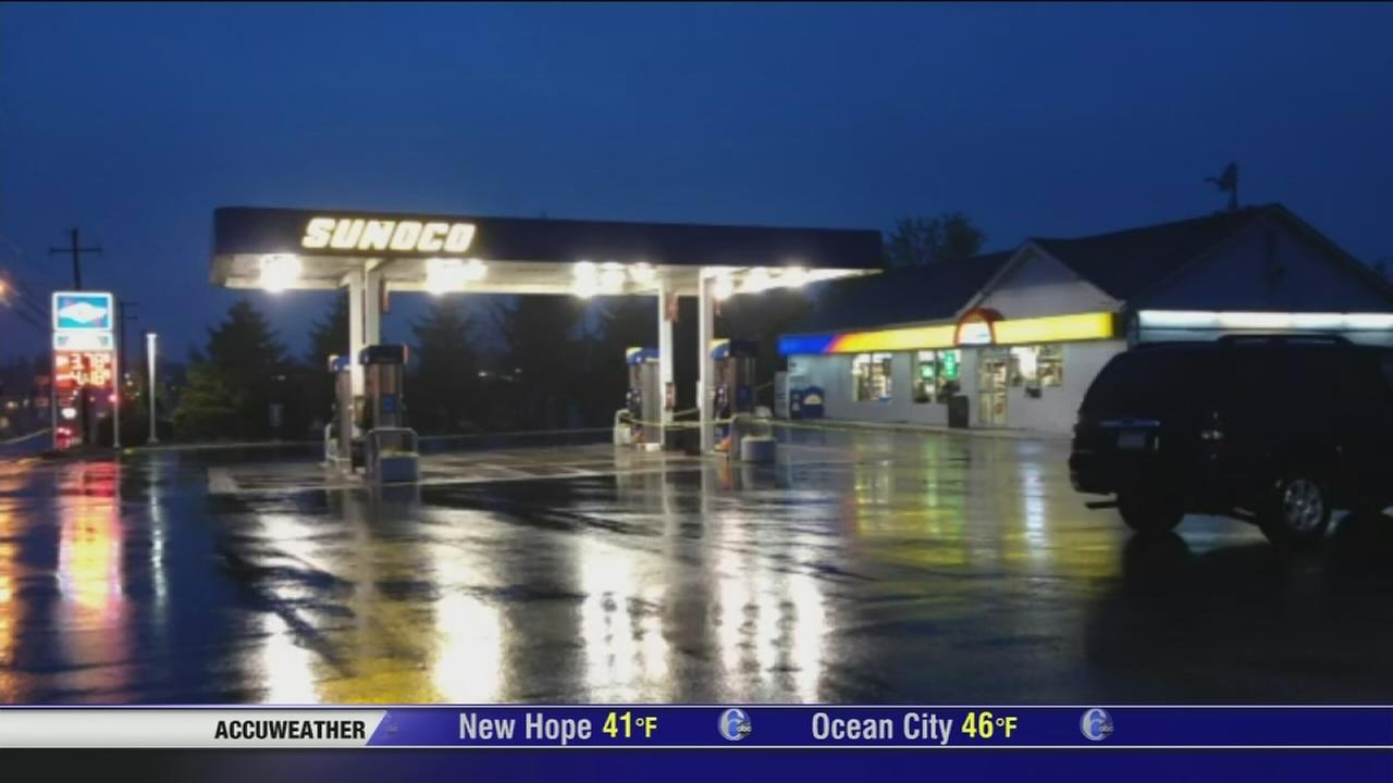 Store clerk shot during gas station robbery