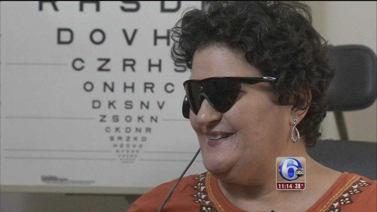 VIDEO: Blind woman can see again