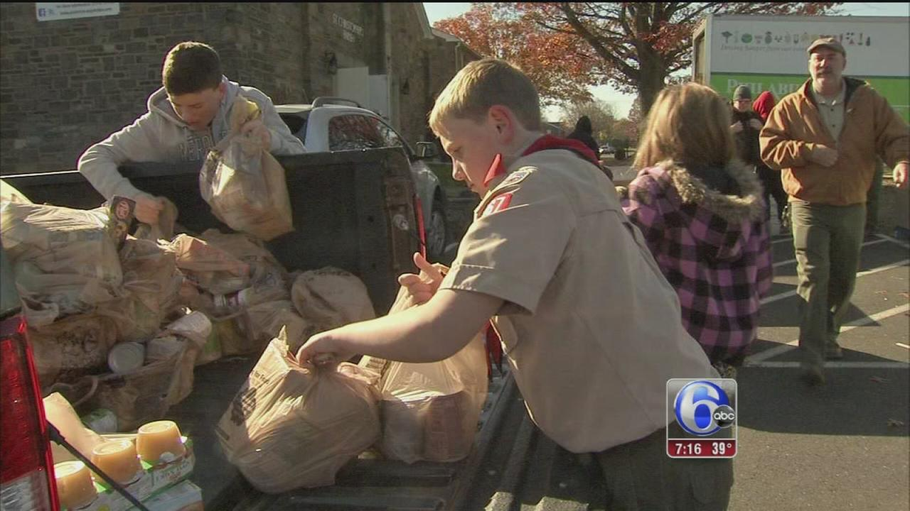 VIDEO: Area boy scouts pick up holiday food donations
