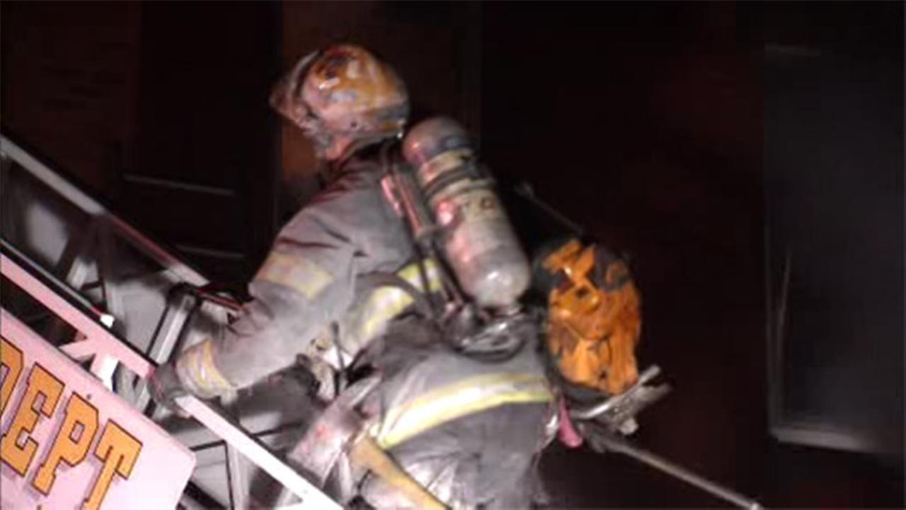 Fire damages apartments in Strawberry Mansion