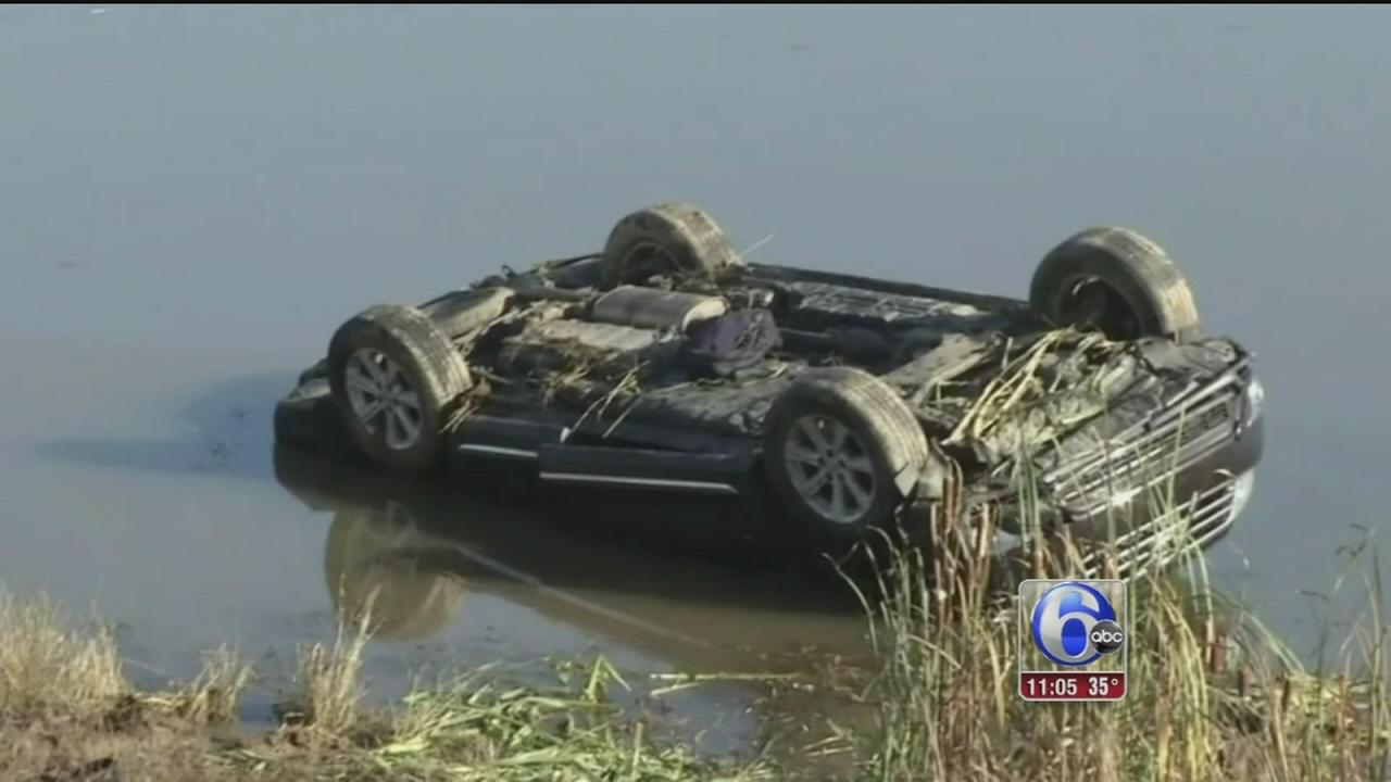 VIDEO: Good Samaritans rescue 6 from pond near Christiana Mall