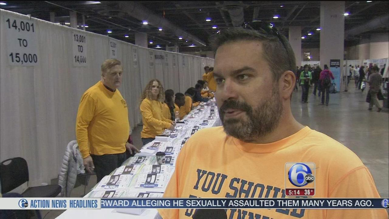 VIDEO: First-time participants prep for Philadelphia Marathon