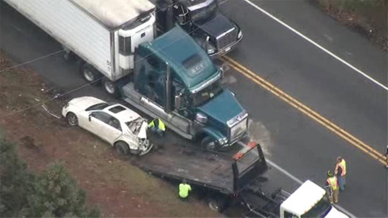Truck, 4 other vehicles collide in Concord Twp.