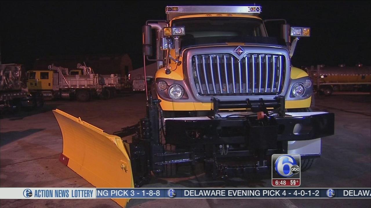 VIDEO: Delaware Valley preps for snowfall