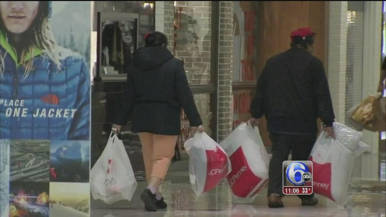 VIDEO: Area malls, stores packed with Black Friday shoppers
