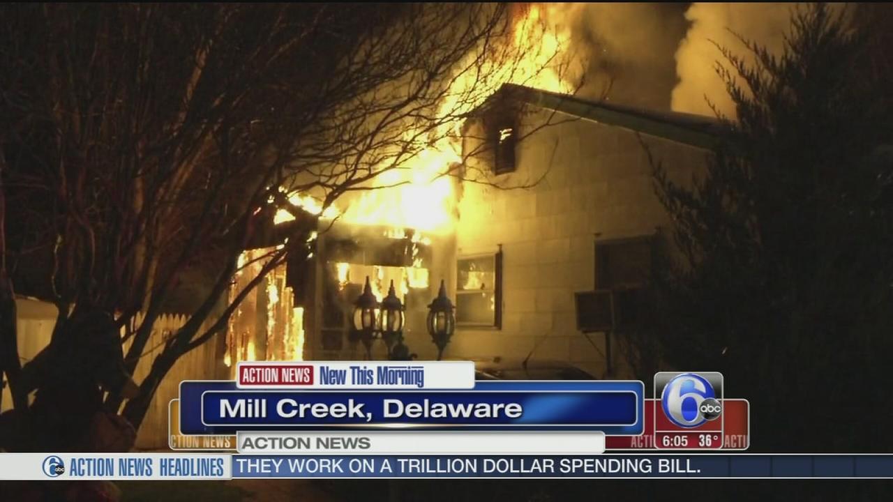 VIDEO: Dozen people homeless after blaze in New Castle Co.