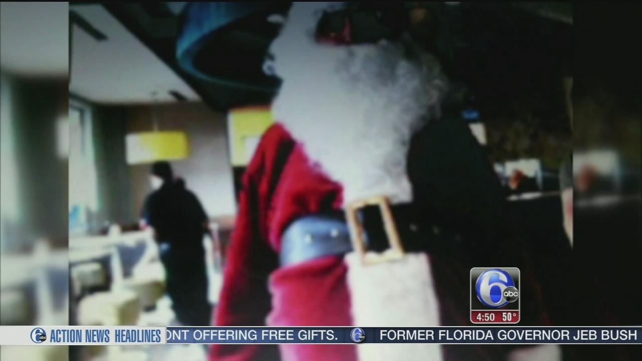VIDEO: Registered sex offender found working as Santa