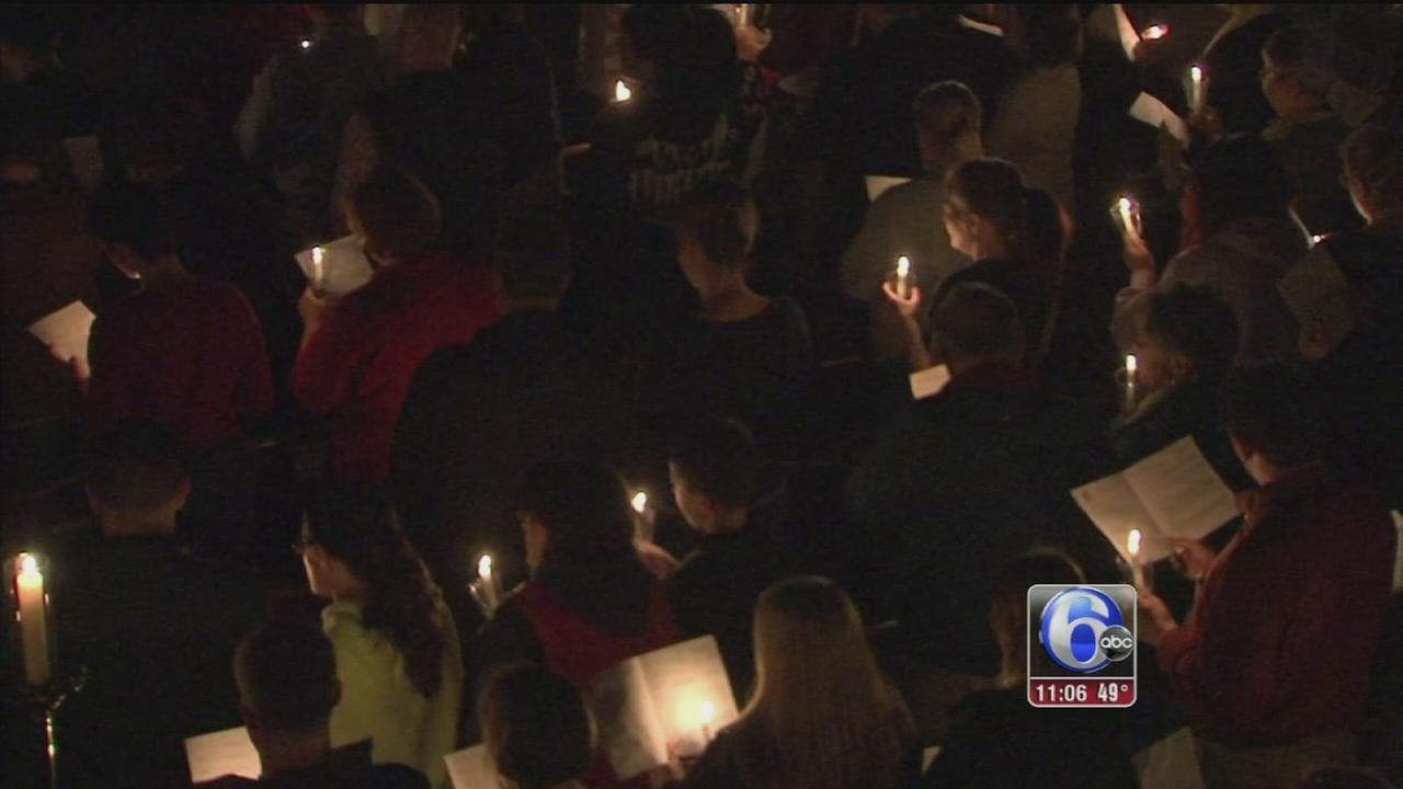 VIDEO: Vigil for victims