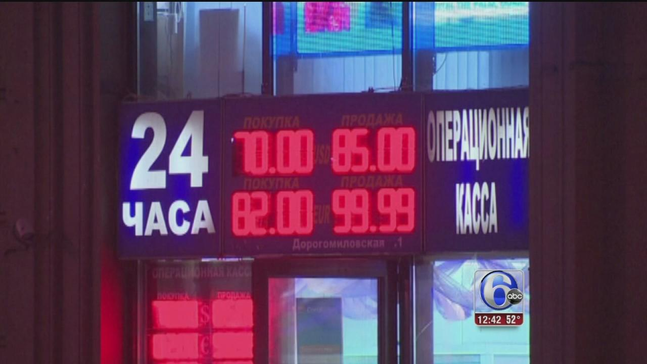 VIDEO: Russians flock to stores to pre-empt price rises