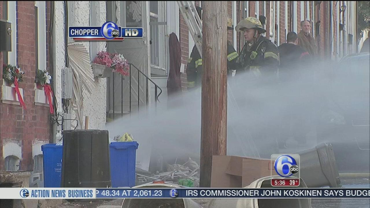 VIDEO: Red Cross assisting 10 after Manayunk fire