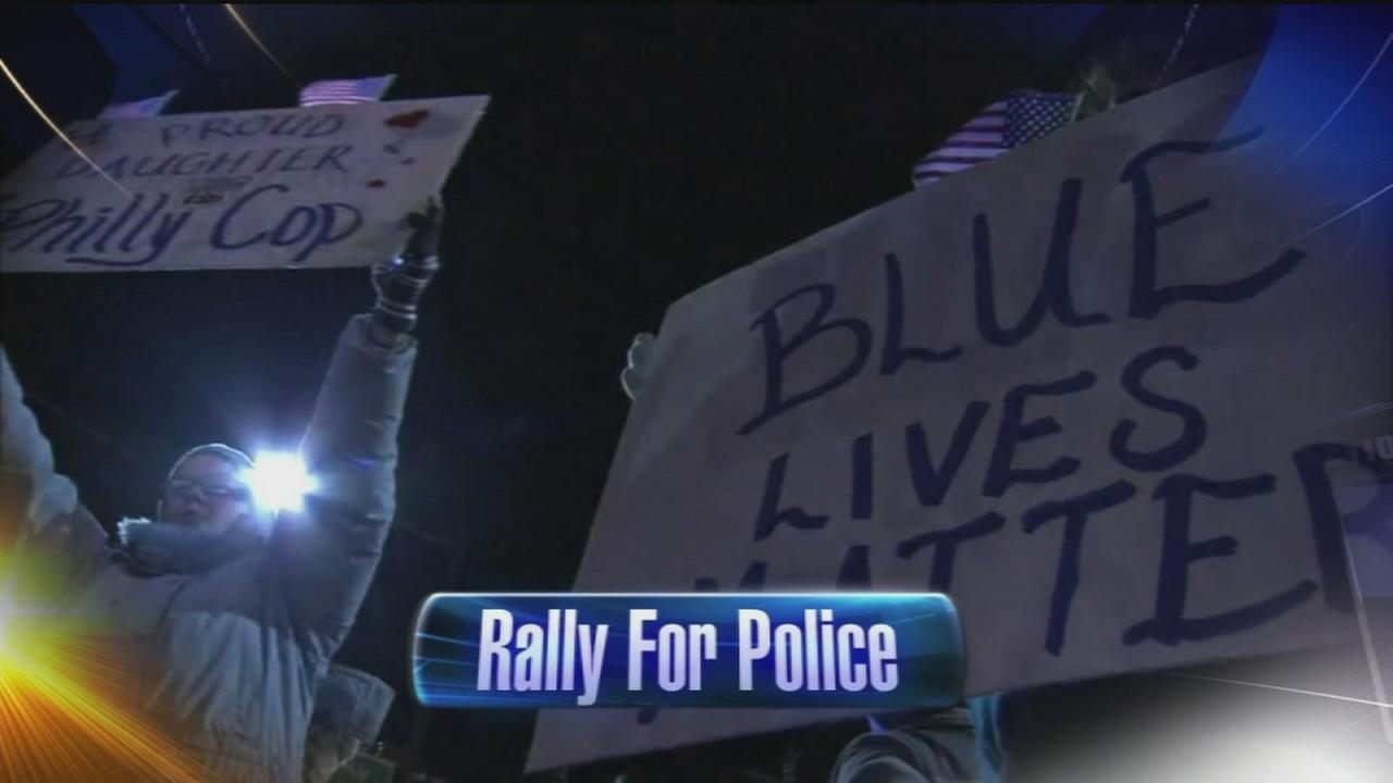 VIDEO: Rally for police in Mayfair