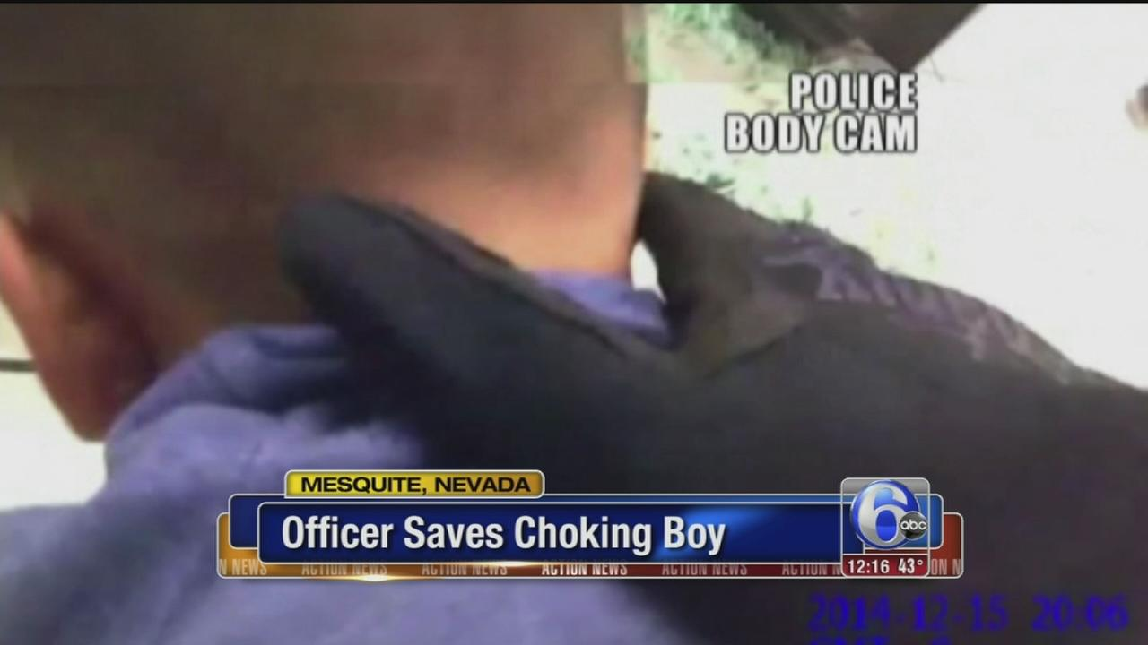 VIDEO: Officers saves choking boy