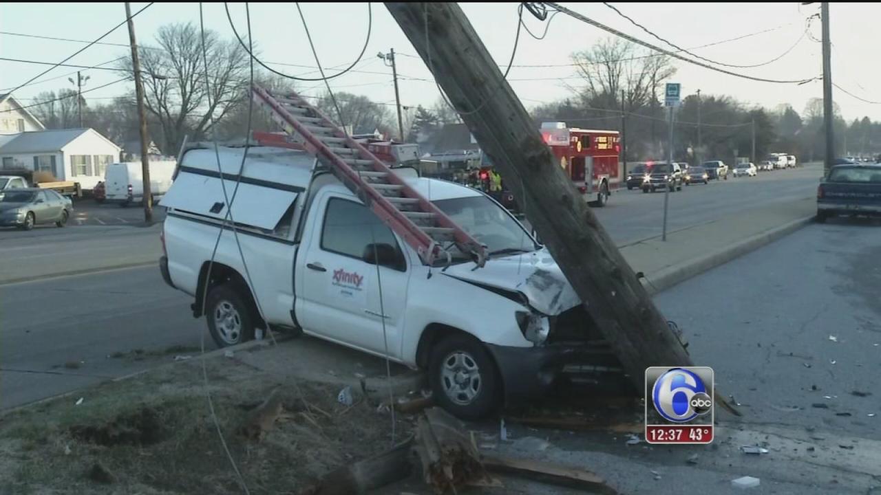 VIDEO: Pickup hits utility pole in Stanton, Del.