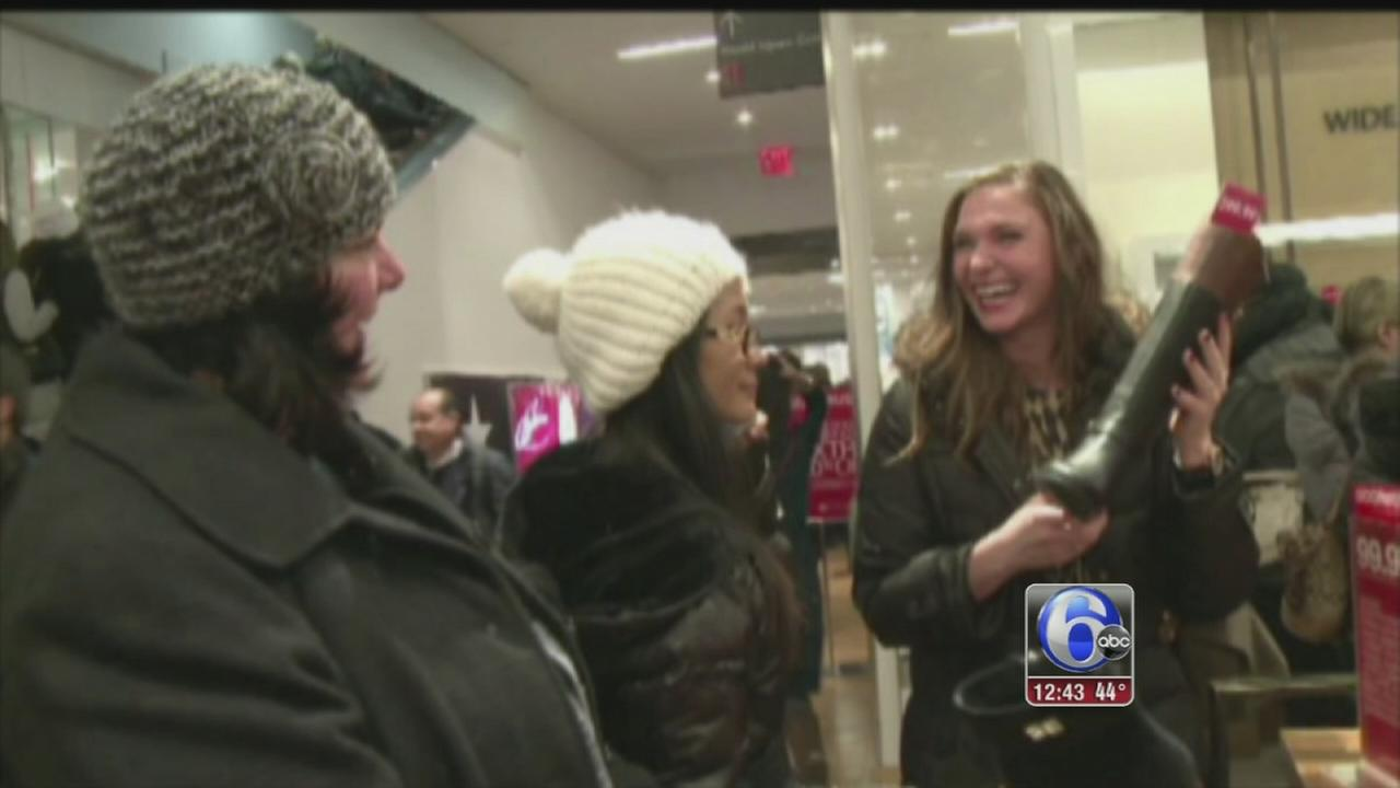 VIDEO: Retailers make last push for Christmas shoppers