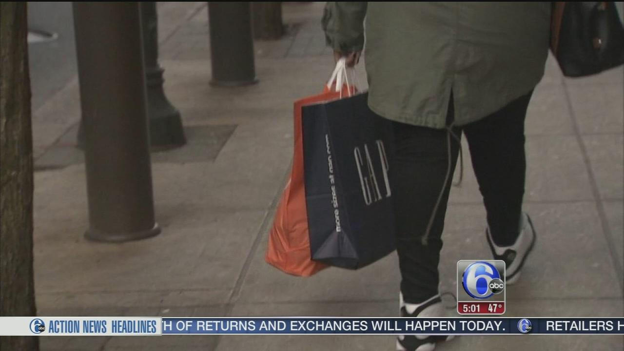 VIDEO: Cashing in on after-Christmas sales