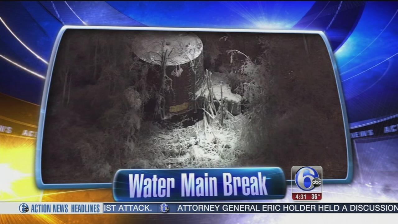 VIDEO: Massive water main break in NE Philadelphia