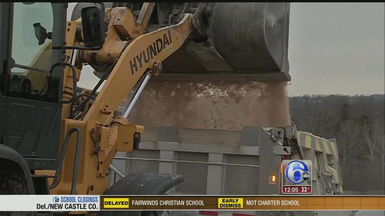 VIDEO: Road crews get ready for rush hour snow