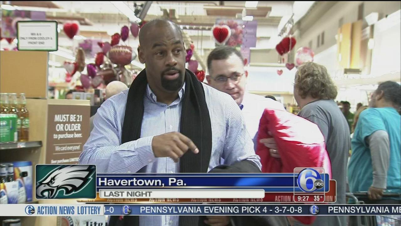 VIDEO: Former Eagle, Donovan McNabb visits Havertown