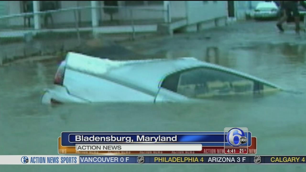 VIDEO: Car swallowed by Maryland sinkhole