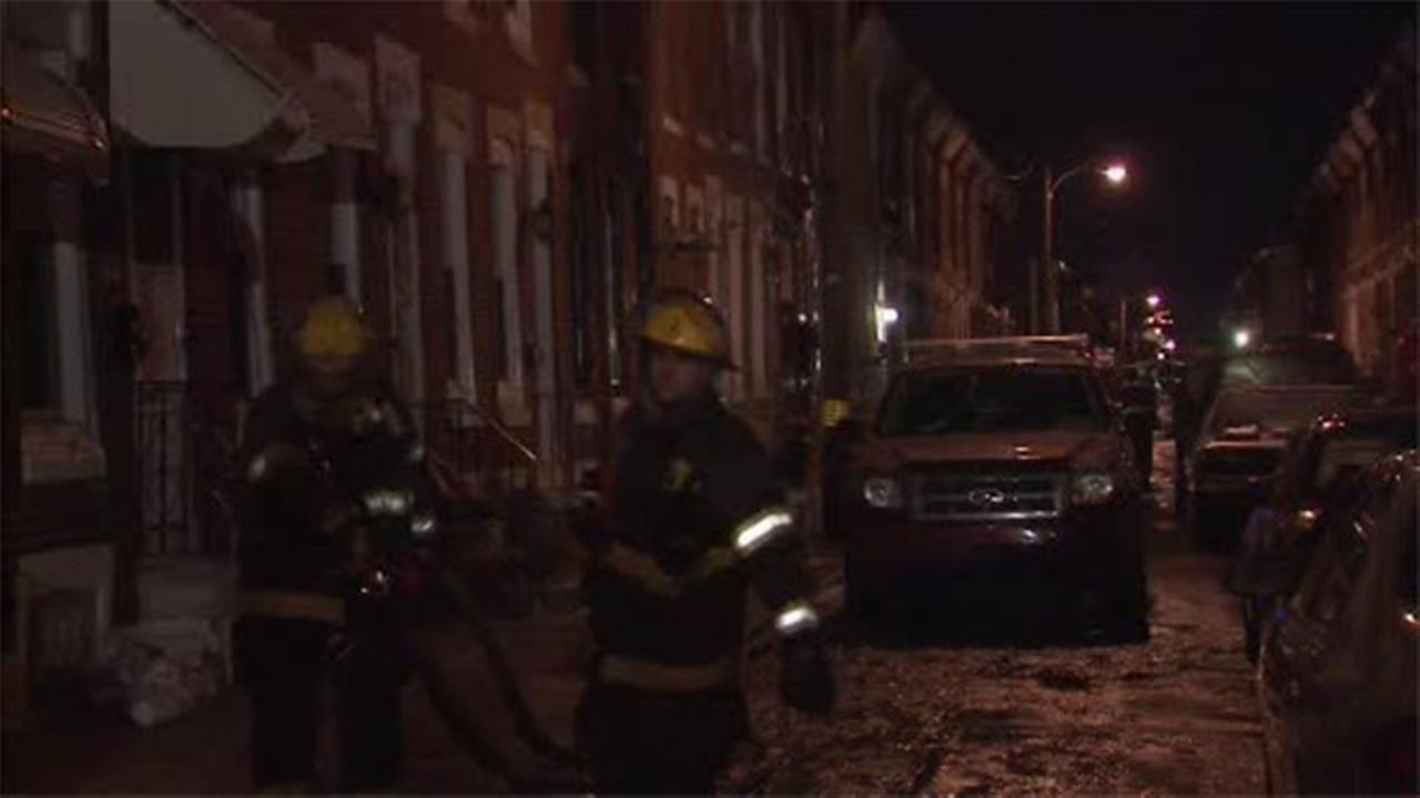 2 dead, officer injured in house blaze in South Philadelphia