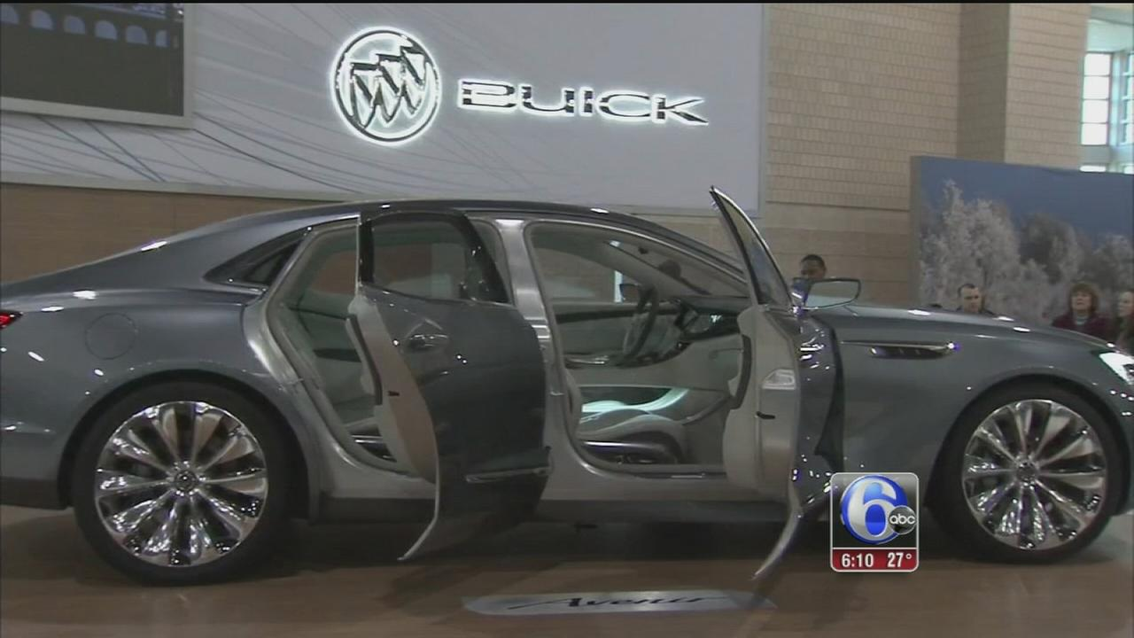 VIDEO: Opening day at Philadelphia Auto Show