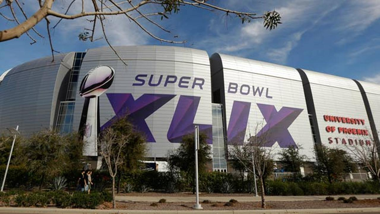 The Super Bowl XLIX logo is displayed on the University of Phoenix Stadium before the Pro Bowl Sunday, Jan. 25, 2015, in Glendale, Ariz.