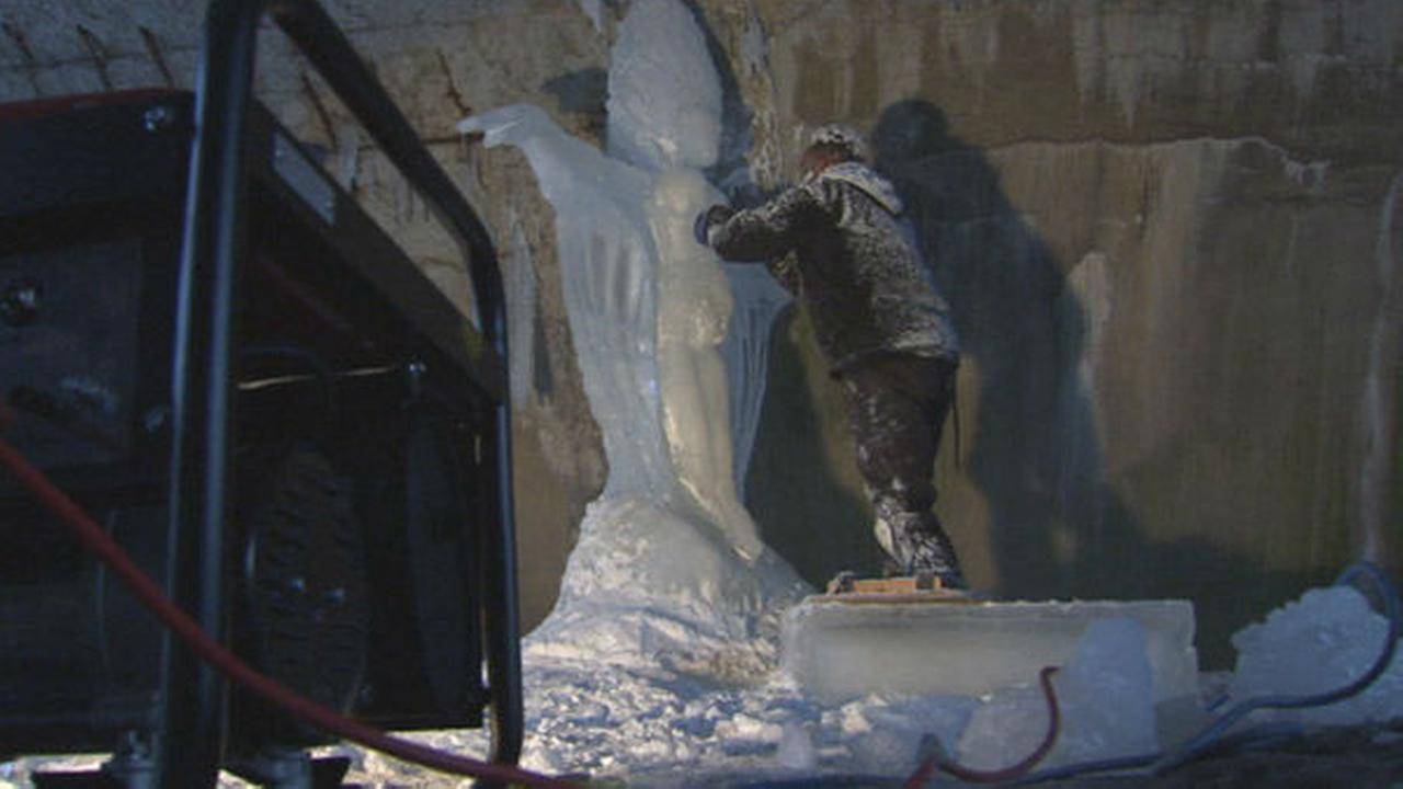 PHOTOS: Sculptor turns ice into art on MLK Drive