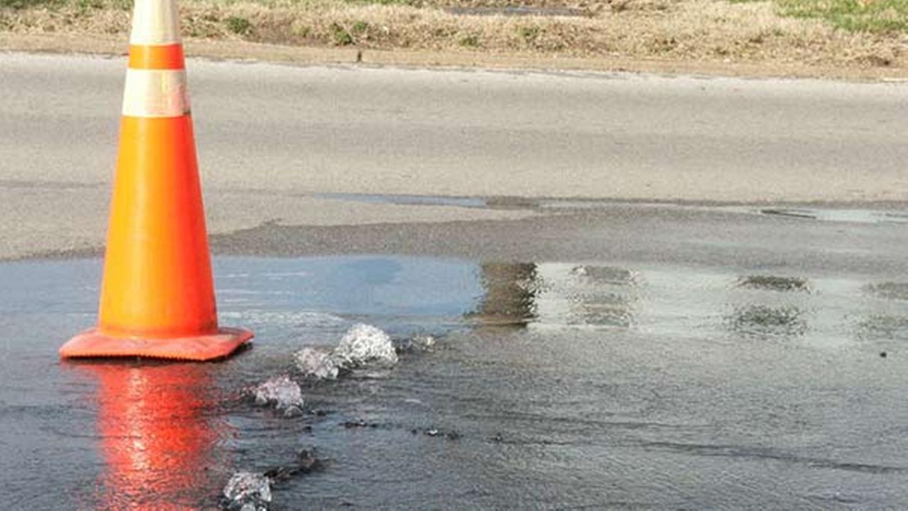 Dozens affected by water main break in Port Richmond