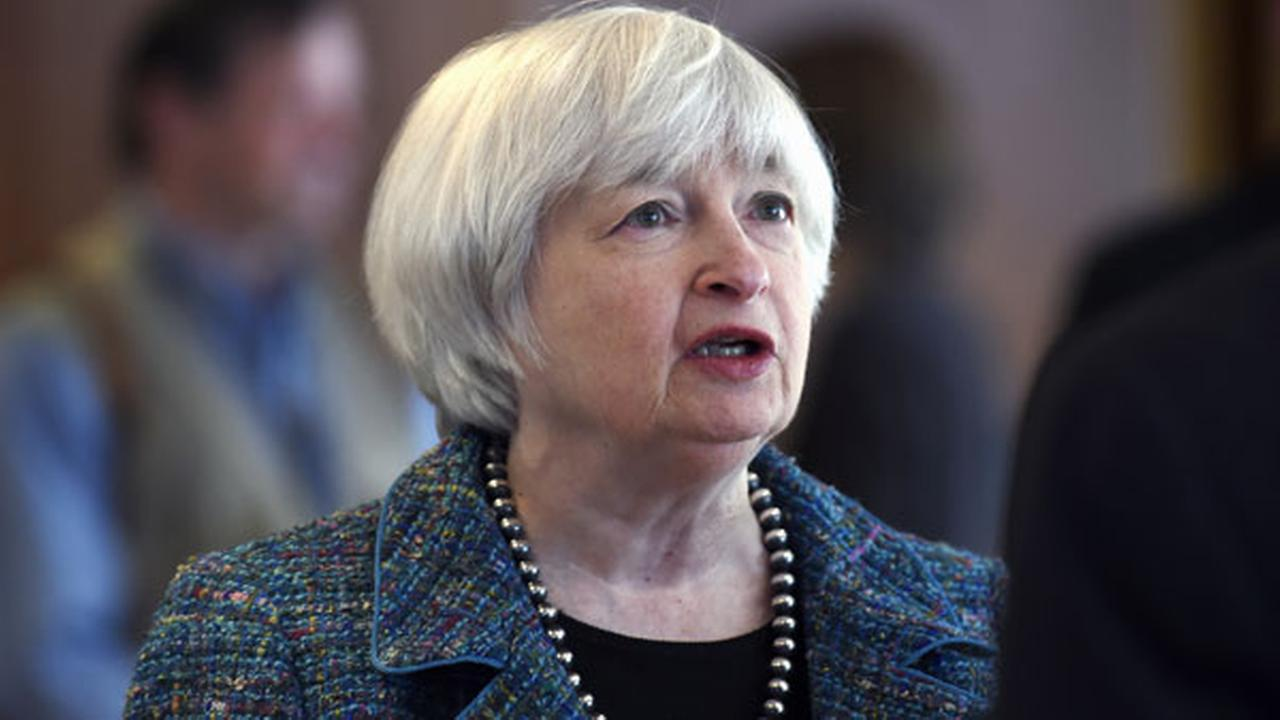 Yellen reiterates Feds patience in raising rates