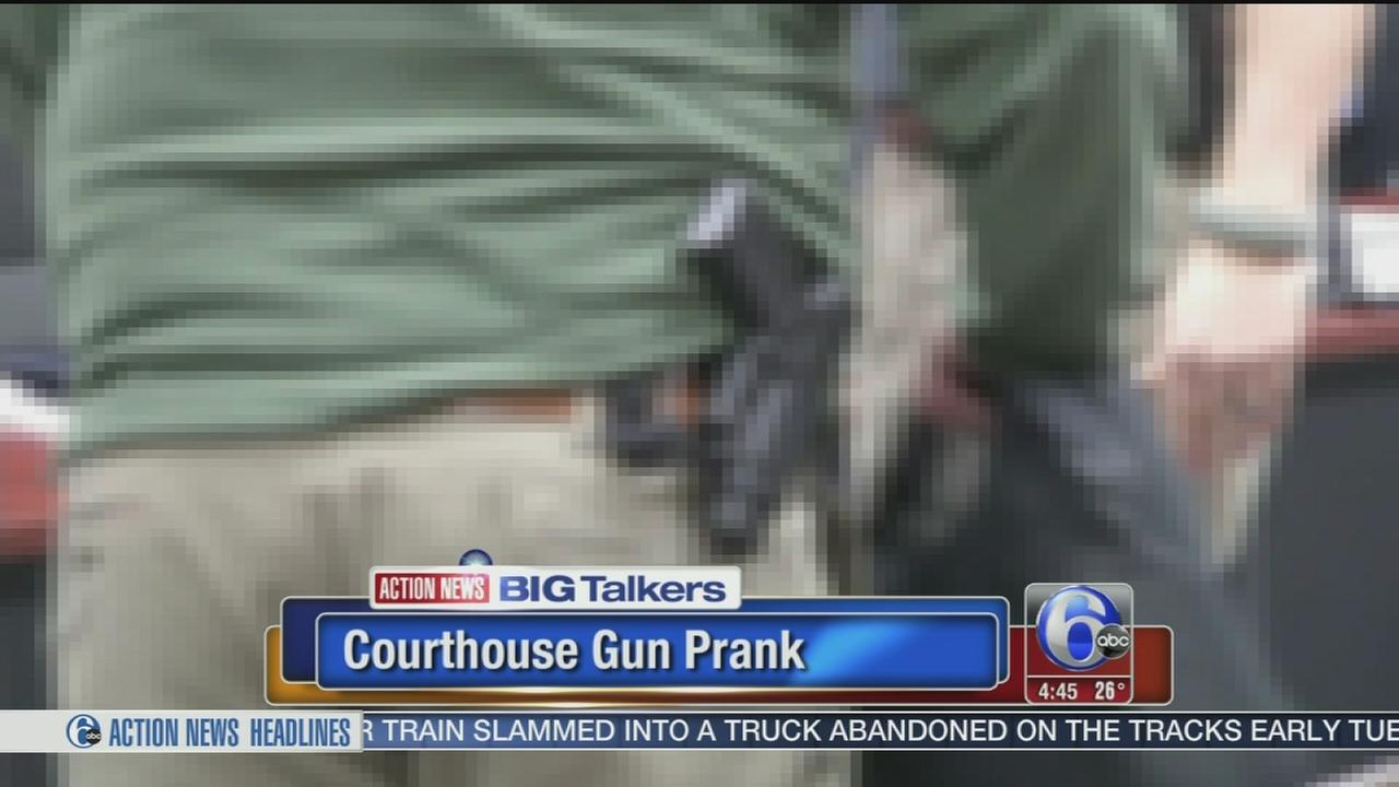 VIDEO: Courthouse gun prank