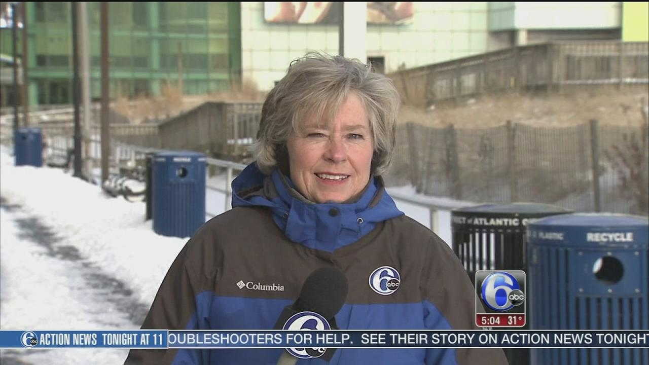 VIDEO: Nora Muchanic reports on snow at the Jersey Shore