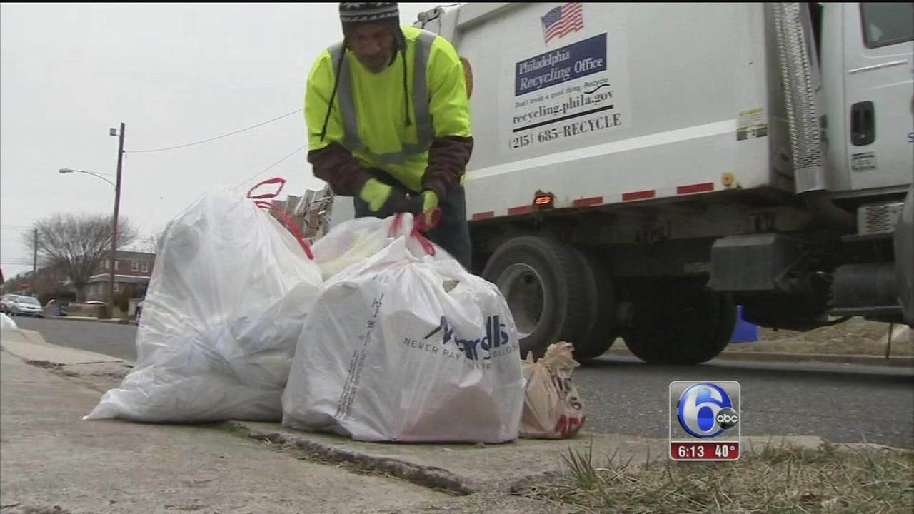VIDEO: Trash truck repairs