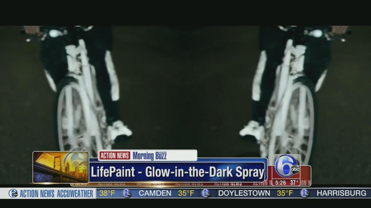 VIDEO: LifePaint-Glow in the dark spray for cyclists