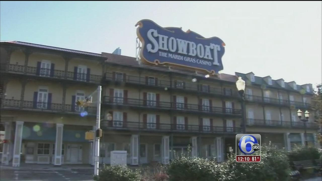 VIDEO: Students target Carl Icahn in Showboat controversy