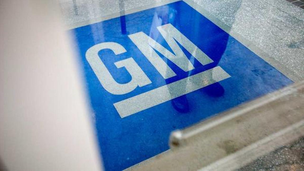 GM recalls 92K trucks, SUVs for ignition lock defect