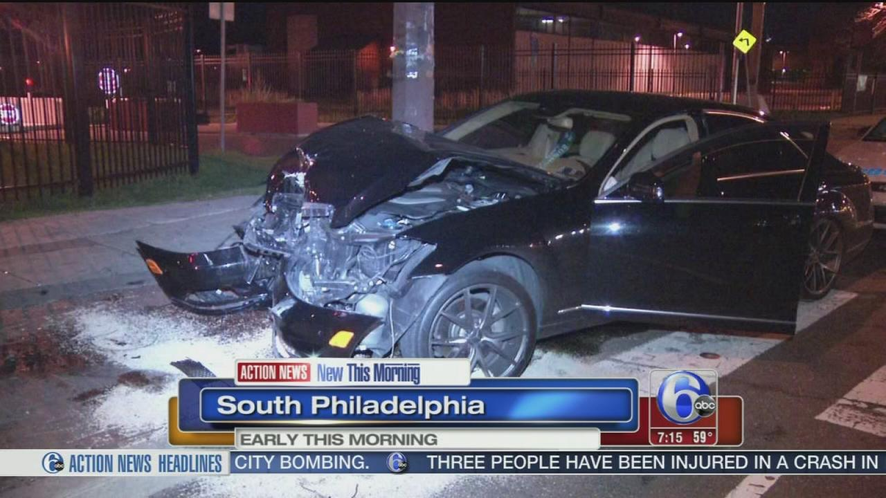 VIDEO: 1 injured in South Philly crash
