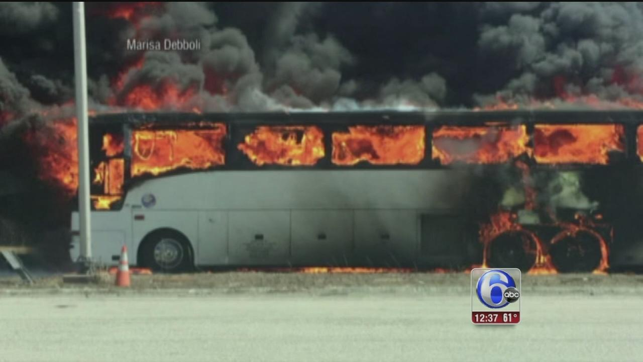 VIDEO: Bus with college students catches fire