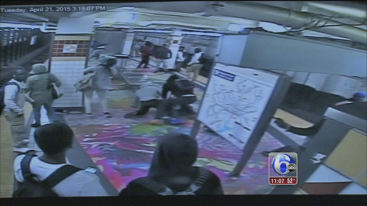VIDEO: Students fight on SEPTAs Broad Street Line