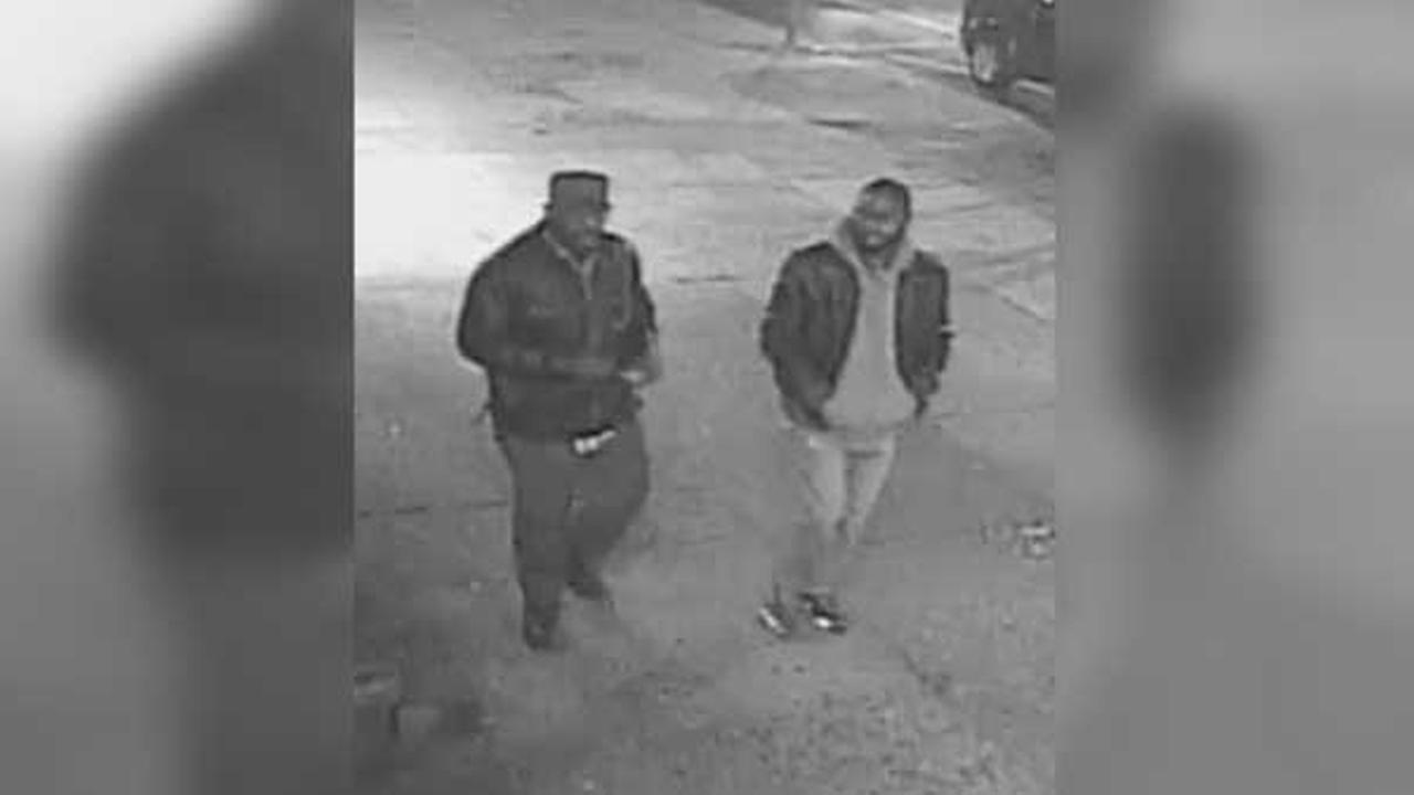 Philadelphia police are searching for three suspects who they say shot a man in the leg during attempted robbery in the citys Kensington section.