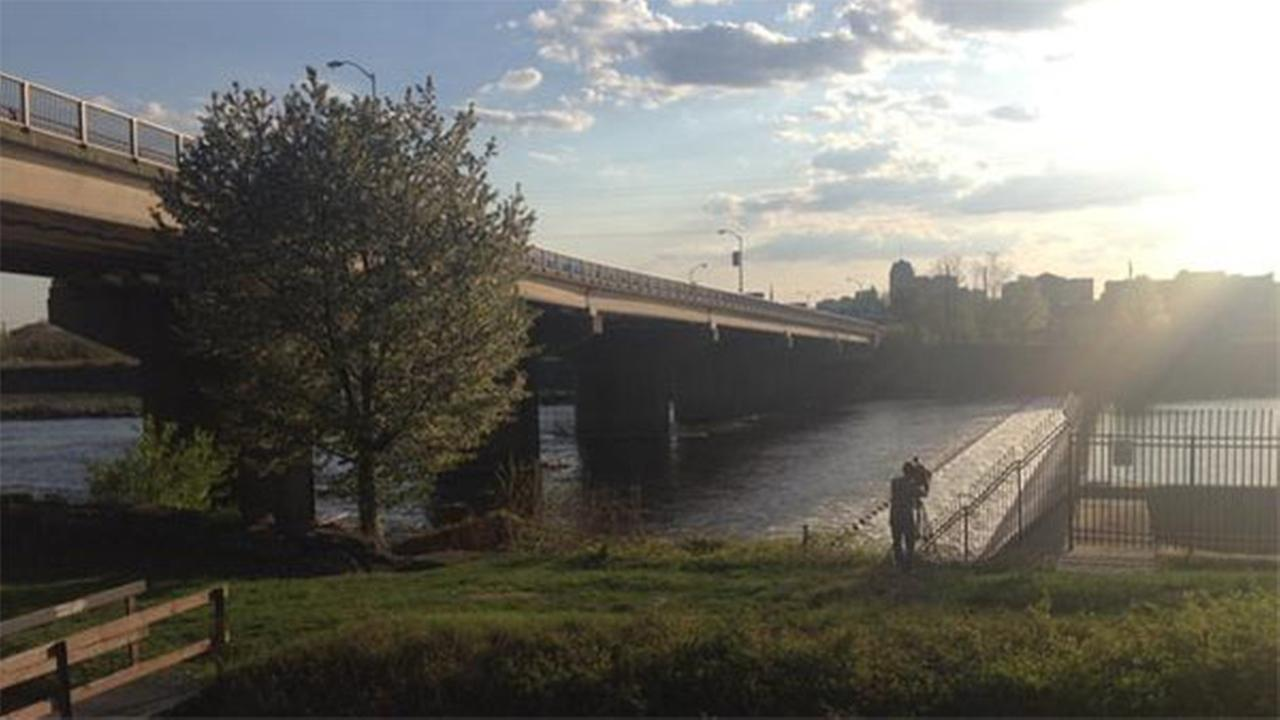 Mother, baby pulled from Allentown river in attempted murder-suicide