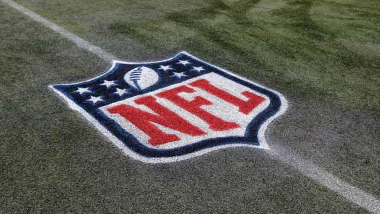 NFL bans players from kneeling during national anthem